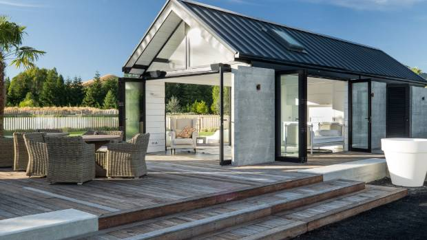 Pool cabana is centrepiece of outdoor entertaining for Swimming pool design new zealand