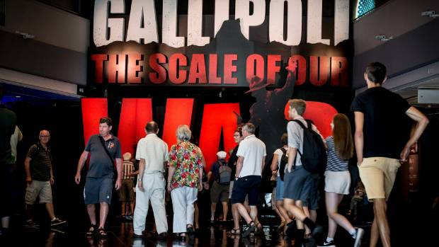 Crowds gather outside Te Papa's Gallipoli: The Scale of our War exhibition.