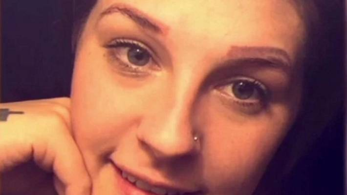 Eyebrow Tattoo Fail Leaves Woman With Four Eyebrows Stuff Co Nz