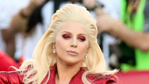 Lady Gaga Went Patriotic With Star Spangled Eye Makeup For Her National Anthem Debut