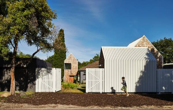 A monolithic house was not on the agenda when Austin Maynard Architects designed this house renovation to resemble a ...