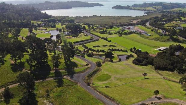Property complete with golf course hits market in for Landscaping courses nz