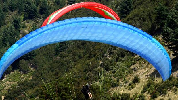 Pilots were in action during Monday's brief window of opportunity at the national paragliding championships in Nelson.
