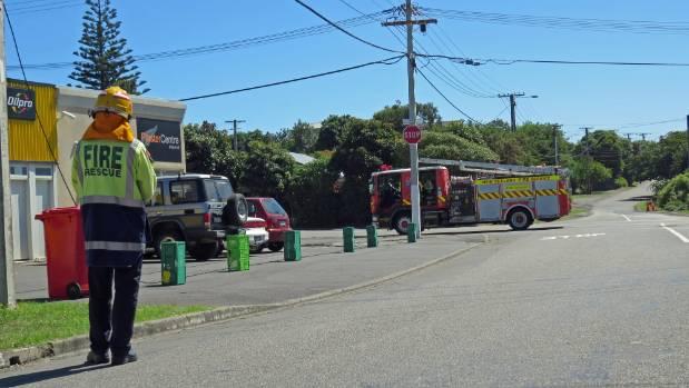 Downed Power Line Left In Pedestrian Area Stuff Co Nz