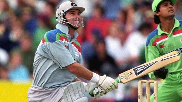 Martin Crowe in action during a World Cup match between New Zealand and Pakistan in 1992.