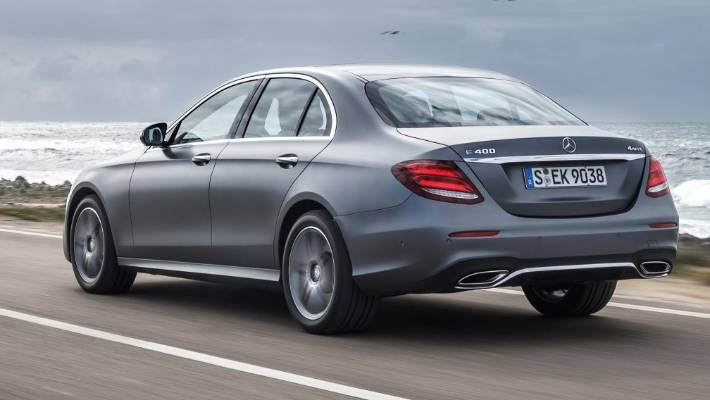 8a861a36ddcfb3 We drive the new Mercedes-Benz E-class (which actually drives itself ...