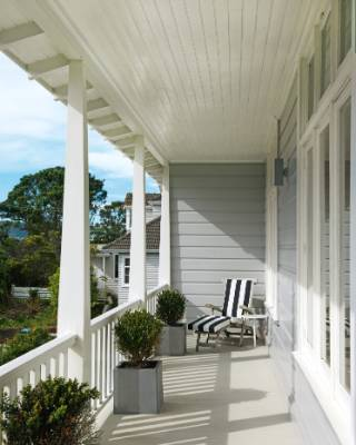 The return verandah at the front of the house was one of the features that first attracted Bridget.