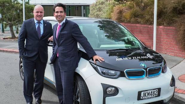 Air New Zealand chief executive Christopher Luxon (left), with Transport Minister Simon Bridges, says the airline has ...