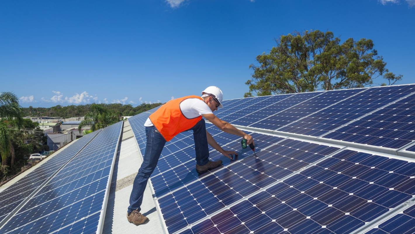 Pattrick Smellie Why Solar Power Does Not Stack Up In New