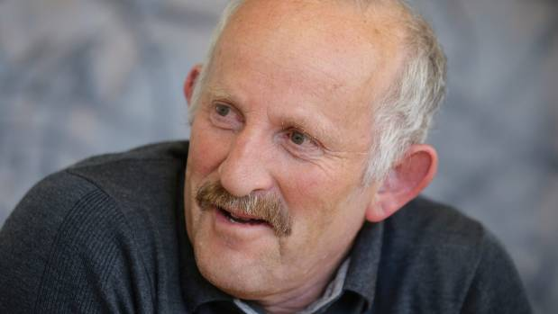 "Economist Gareth Morgan has questioned whether Labour has ""the balls"" to implement a universal income policy."