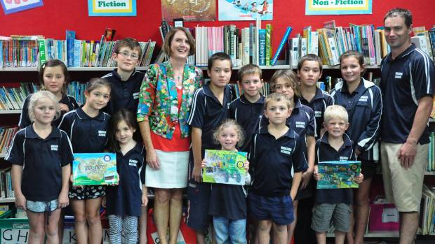 Author Jennifer Somervell visited Makahu School  and principal Chris Mattock to read her book The Day Dad Blew Up The ...