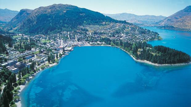 Queenstown and Lake Wakatipu seen from the air.
