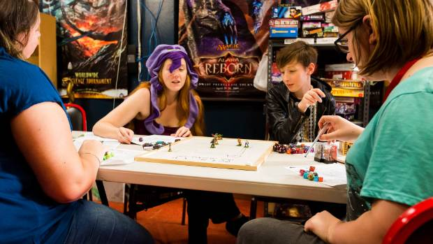 Female Only Dungeons Amp Dragons Club Vanquishing Sexism In