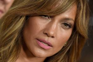 Jennifer Lopez's mid-tone hair is a winner.