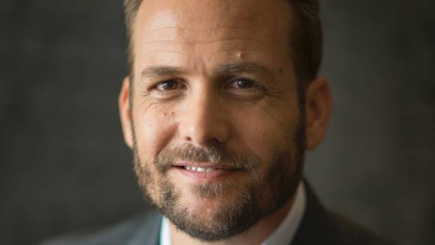 Suits star gabriel macht on whats next on suits and getting to gabriel macht colourmoves