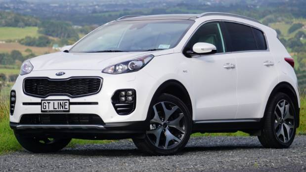 kia adds some cayenne spice to sportage gt line. Black Bedroom Furniture Sets. Home Design Ideas