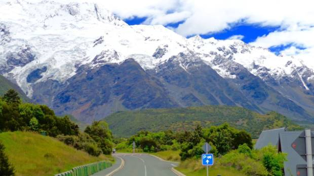 The Countless Stunning Drives, Just One Reason To Love NZ.