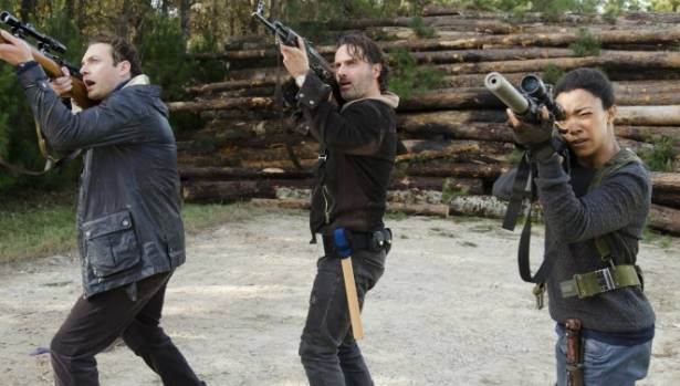 The Alexandrians are trapped in the season finale of The Walking Dead.