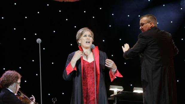 Dame Kiri Te Kanawa performs with the Vector Wellington Orchestra  in 2008.