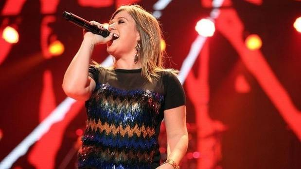 Kelly Clarkson, the original American Idol winner, came back to the reality show to be a mentor for other performers. ...