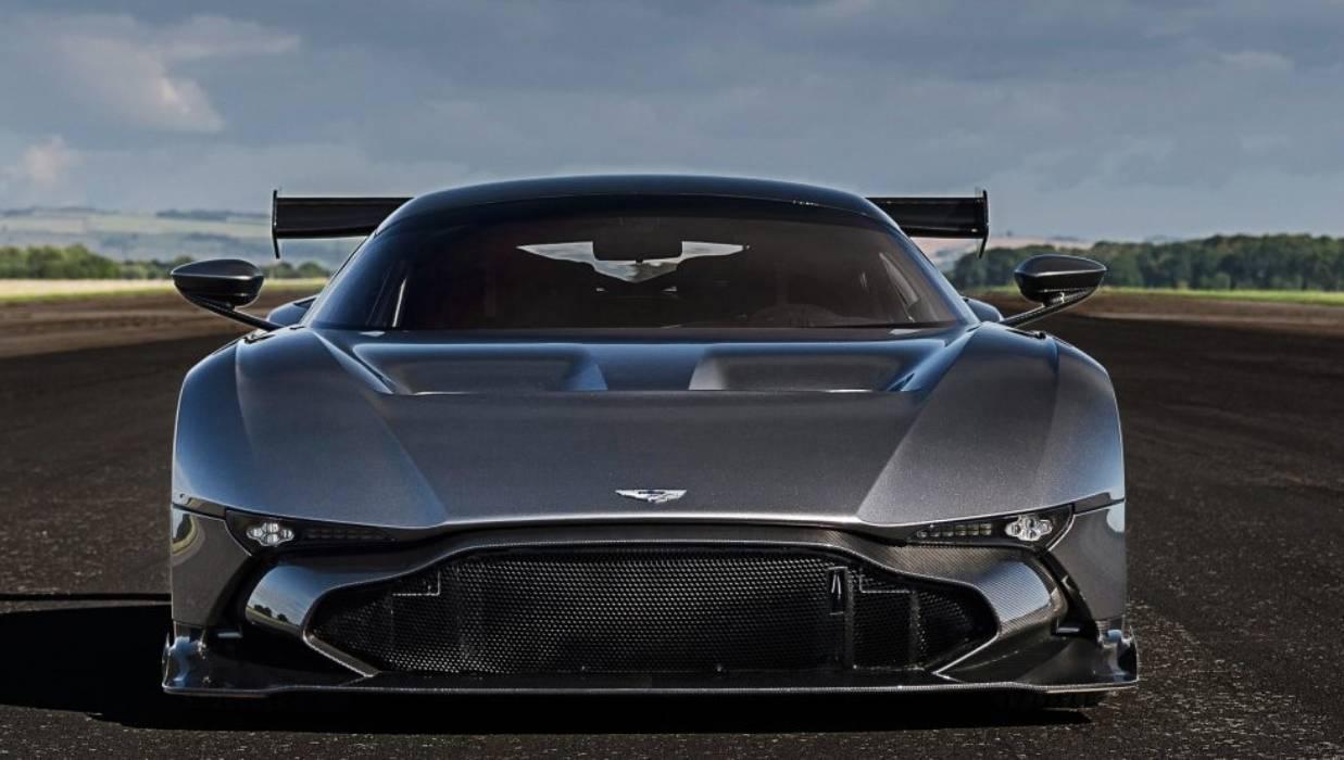 Tony Quinn Buys 4 2 Million Aston Martin Vulcan Supercar Stuff Co Nz