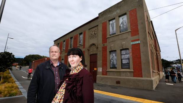 Mt Cook Mobilised spokesman Peter Cooke and Wellington City councillor Iona Pannett last year in front of the 1911 building.