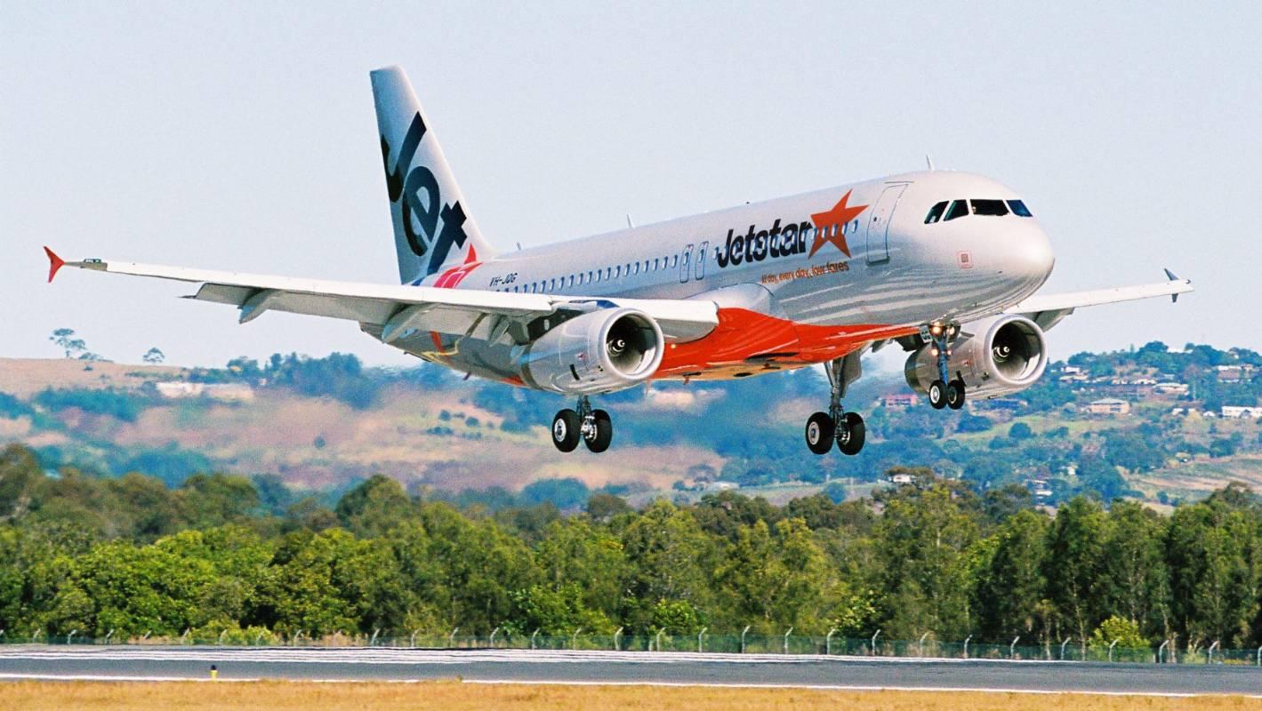 flight test auckland to rarotonga on jetstar 39 s new. Black Bedroom Furniture Sets. Home Design Ideas