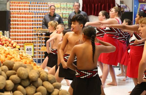 Redwoodtown School Kapa Haka group.