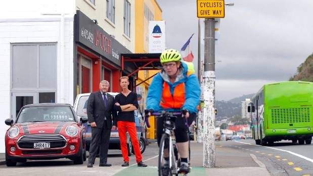 Some businesses along the proposed Hutt cycleway believe it will be unsafe.