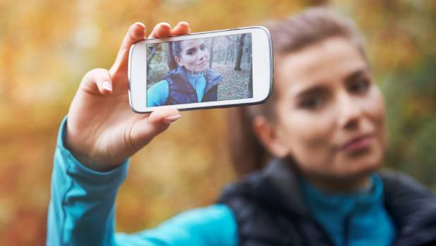 Researchers found those who took daily selfies had increased confidence.