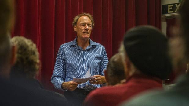 John Minto speaks at the Workers Education Association in Christchurch.