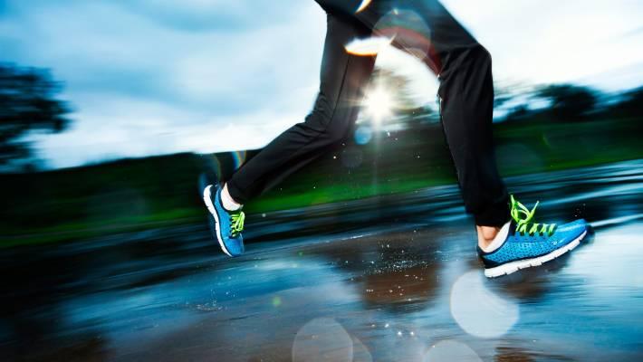 Lunchtime jog hook up