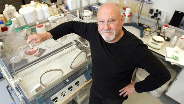 Sir Ray Avery, scientist and inventor of the LifePod infant incubator, will present his views on New Zealand: the clever ...