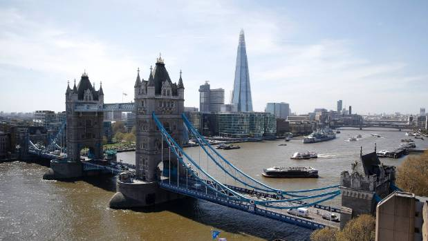 Its Cheaper To Live On A Cruise Ship Than In London Stuffconz - Cruise ship in london
