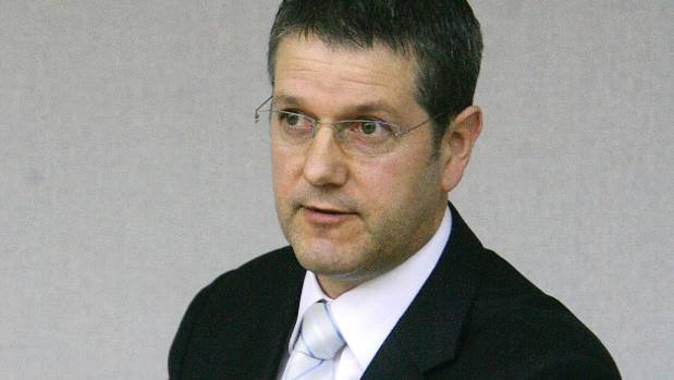 Neil MacKay has given expert witness in court trials as a crash investigator.