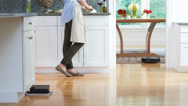 Robotic Cleaners Are Convenient But Theyre No Replacement For A Really Thorough Vacuuming
