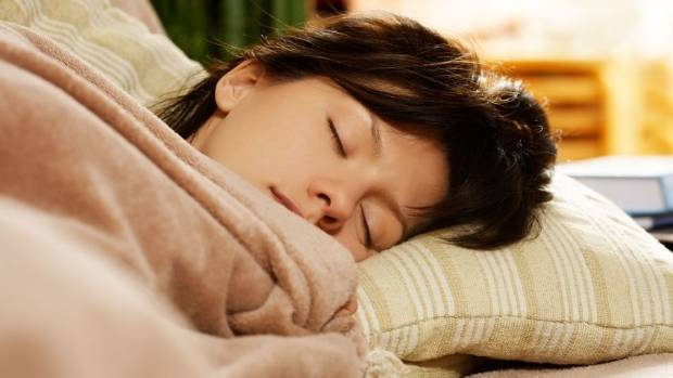 A study found that when women sleep in it may help protect them against diabetes. But, if men sleep in, it might ...