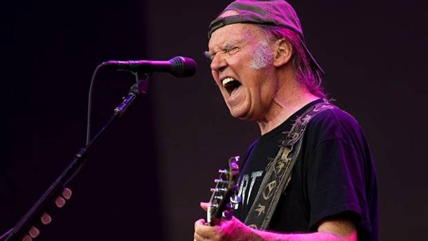 Neil Young releases his new album titled Earth, a 98 minute homage to Mother Nature.