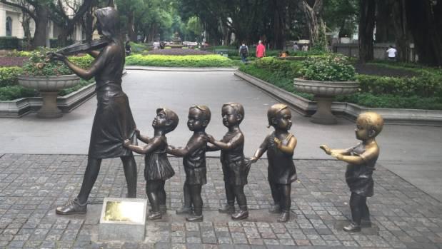 A sculpture in Shaiman island in Guangzhou.