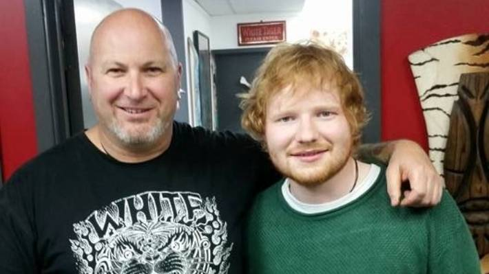 Humble Ed Sheeran Gets A Tattoo While In Queenstown Stuff Co Nz