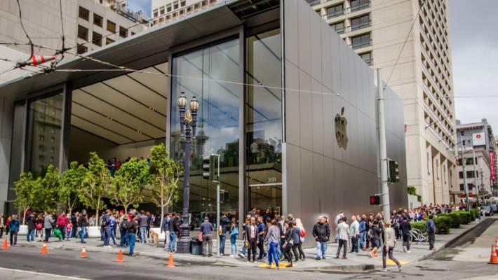 Apple Stores get major makeover | Stuff co nz