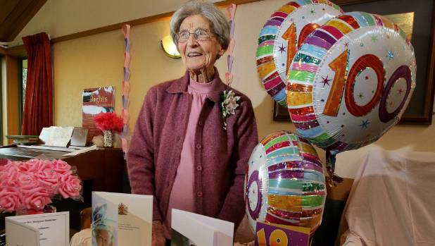 Margaret Parmenter celebrates her 100th birthday and second card – 100 Birthday Card from Queen