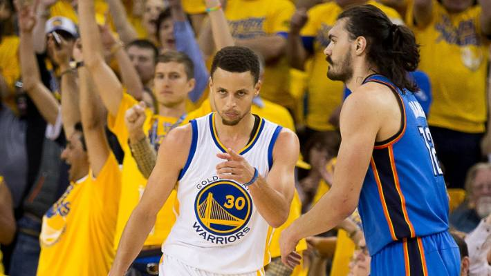 Golden State Warriors guard Stephen Curry (30) celebrates in front of  Oklahoma City Thunder 83d65fe95