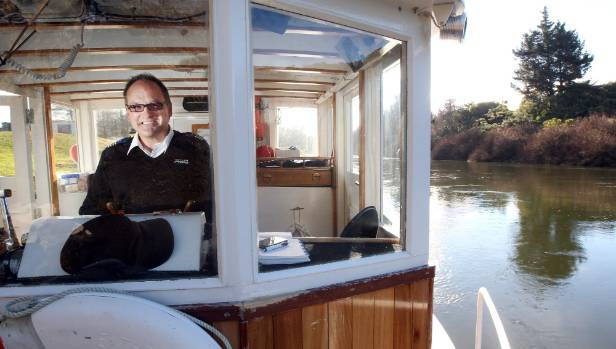 Waikato River Explorer skipper Darren Mills has business waiting for better river facilities.