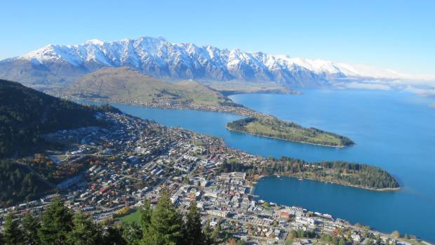 Queenstown Chamber of Commerce say there is a need for an economic development agency in the town.