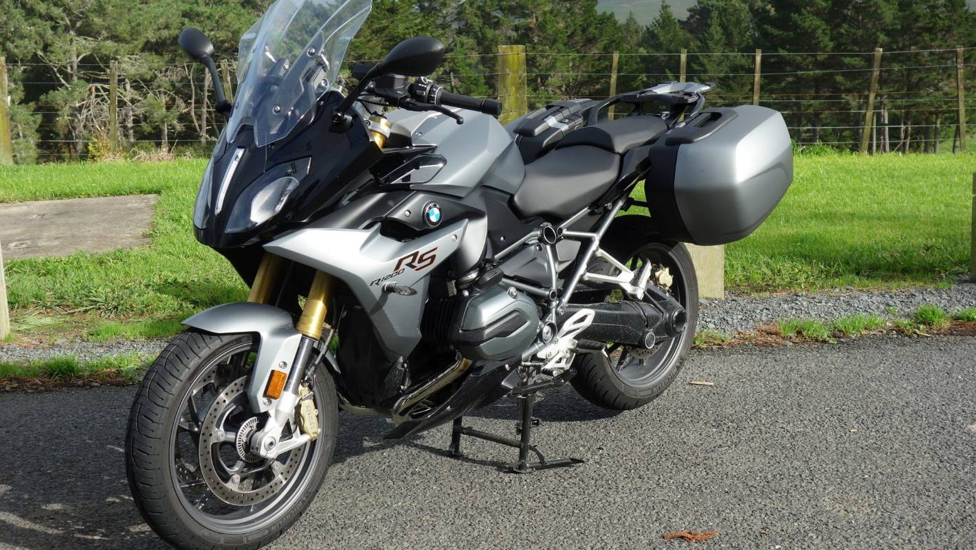 Bmw R1200rs Is A Swiss Army Knife On Wheels Stuff Co Nz