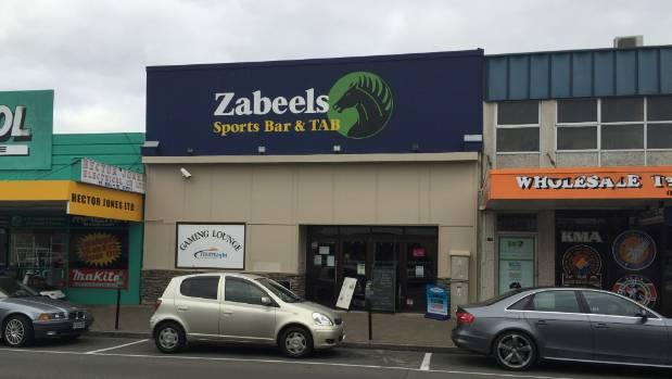 Zabeels bar, Hastings