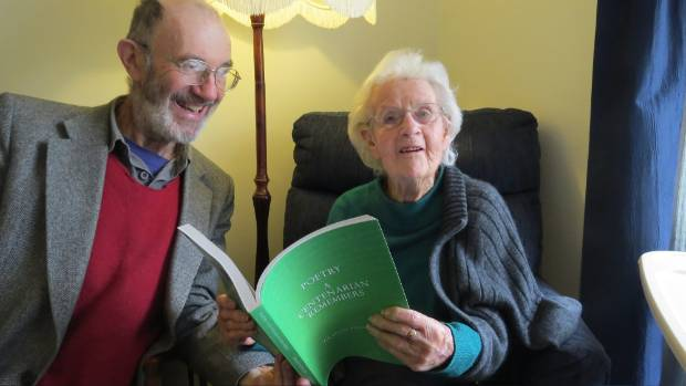Graham Bathgate has published a book about Thelma McLean.