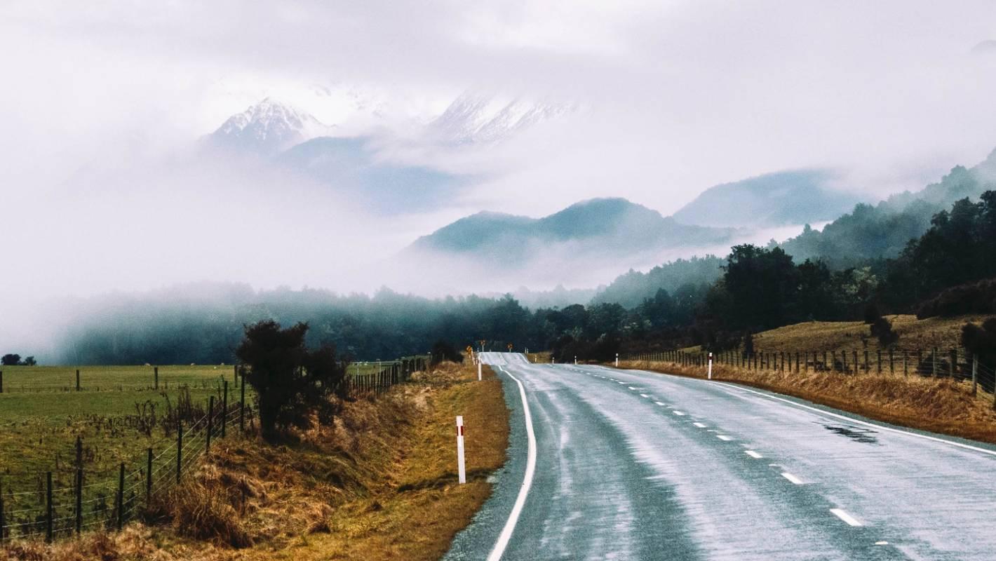 10 Breathtaking Photos Of New Zealand S Beautiful Roads