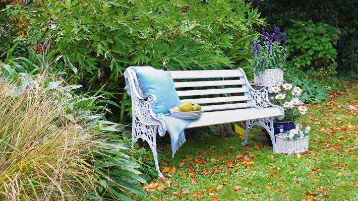 Sensational Weekend Diy How To Restore A Cast Iron Garden Bench Stuff Evergreenethics Interior Chair Design Evergreenethicsorg